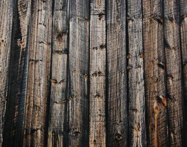 wood-744311_1920